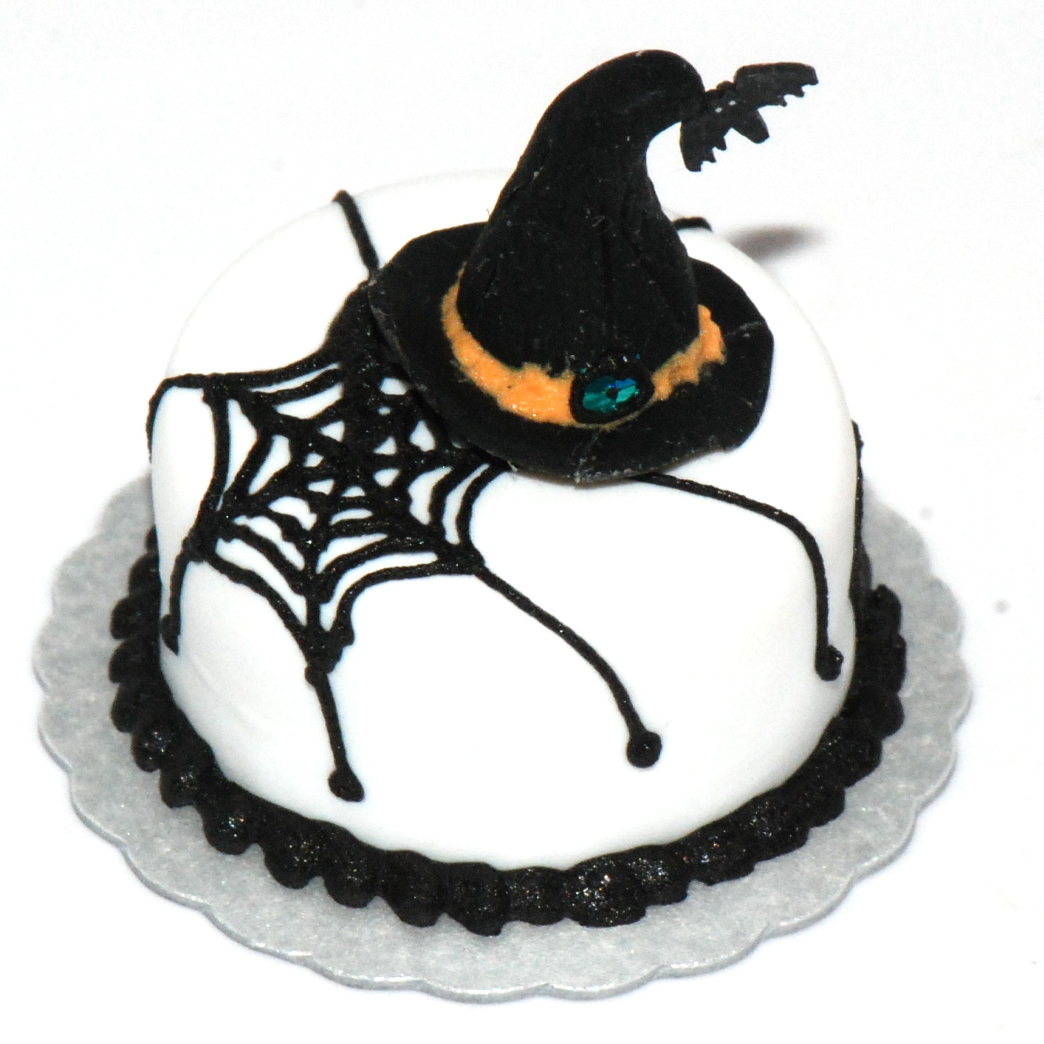 Witches Hat Web Cake Stewart Dollhouse Creations