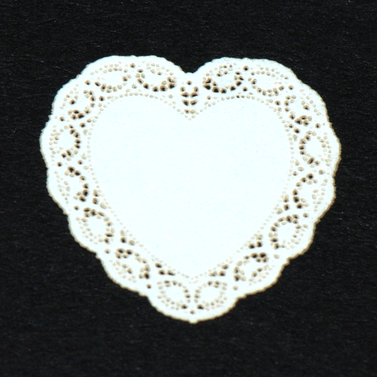 Heart Miniature Lace Doily 26 Stewart Dollhouse Creations