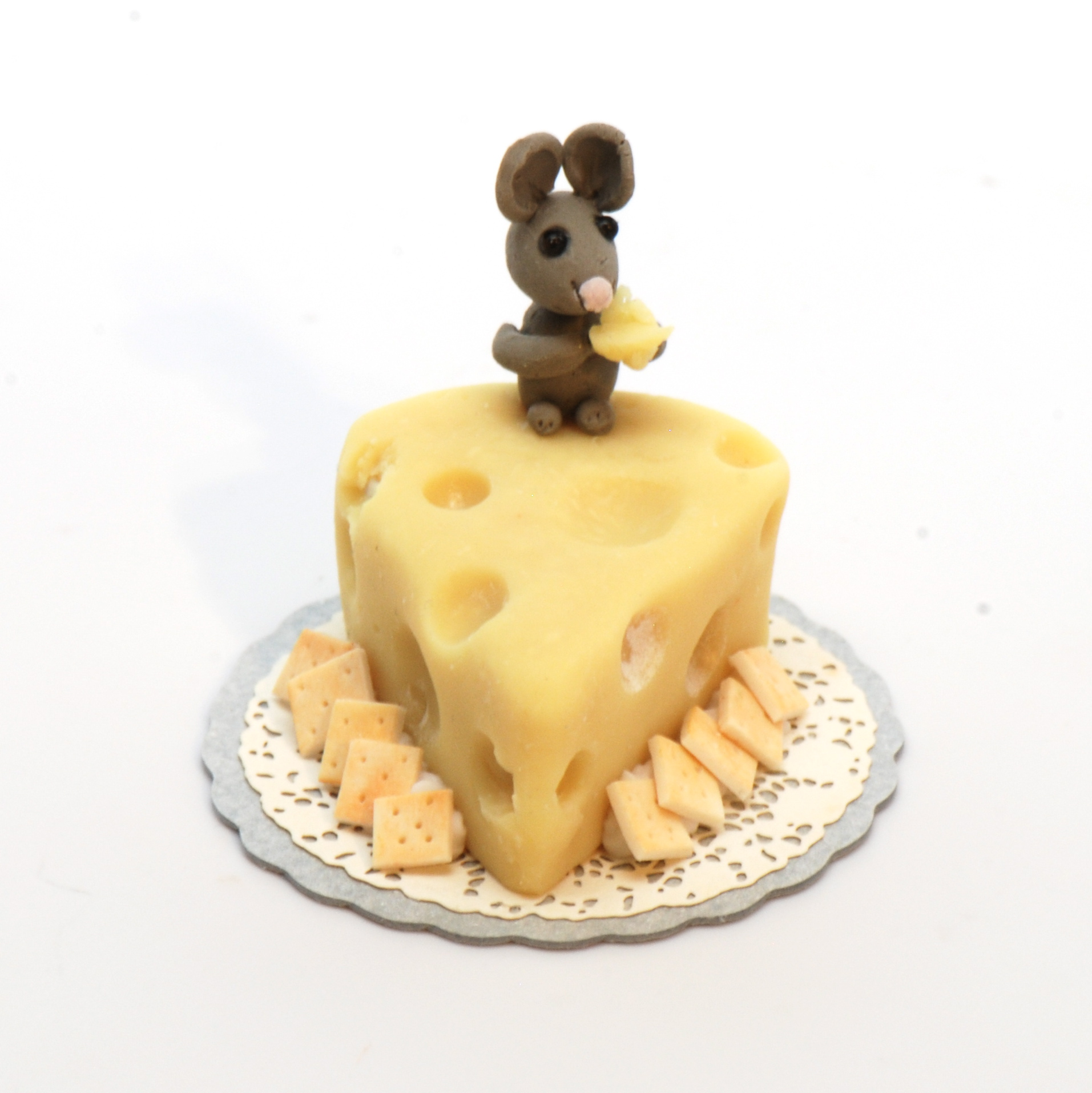 Swiss Cheese Cake And Mouse Stewart Dollhouse Creations