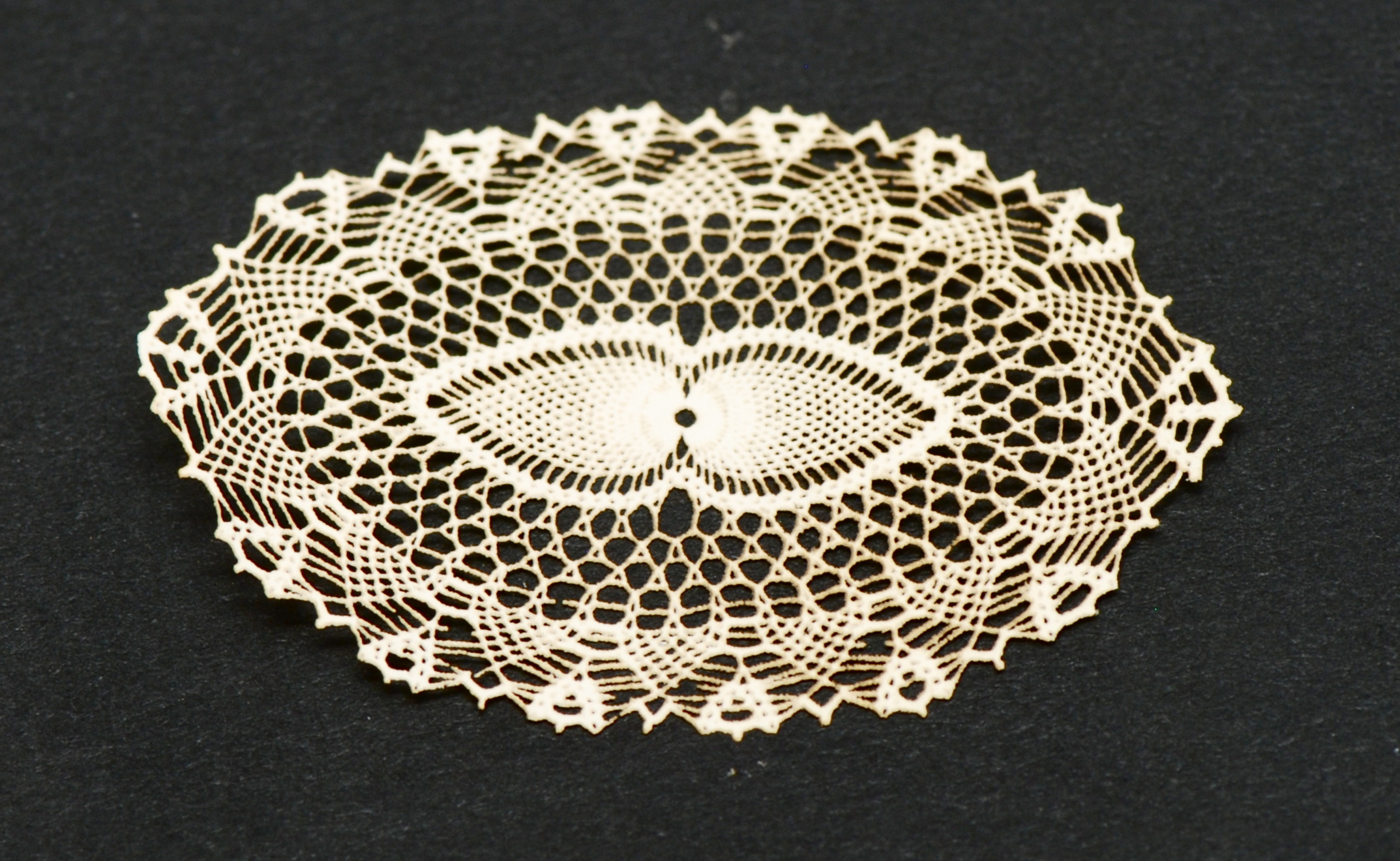 Antique Laser Cut Doily 71 Stewart Dollhouse Creations