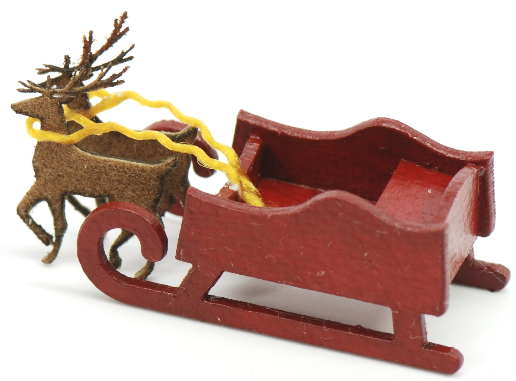 large sleigh with 2 reindeer