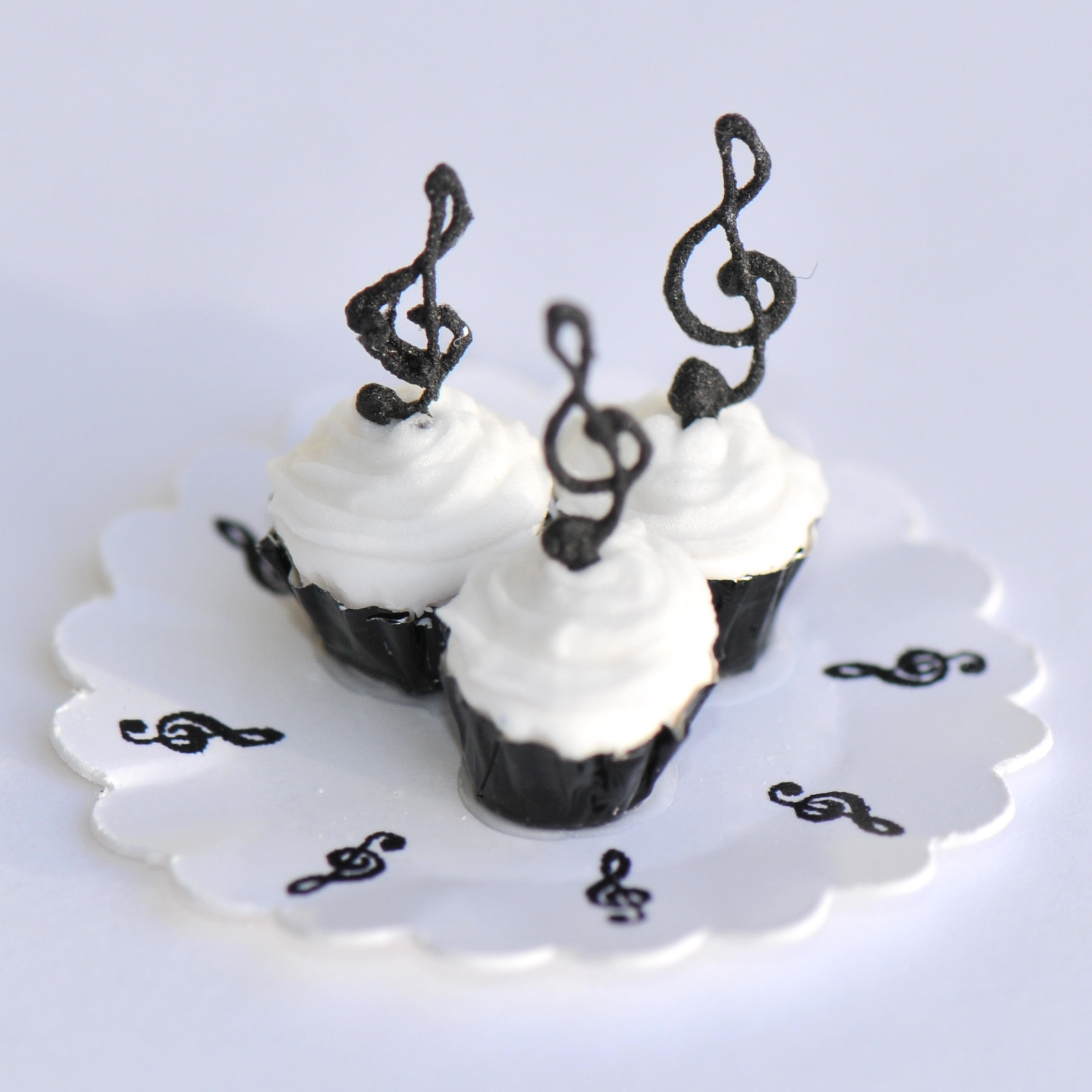 Treble Clef Cupcakes Stewart Dollhouse Creations