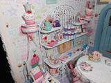 "Kathie Alexander's Beautiful ""Cupcake Cottage"" #1"